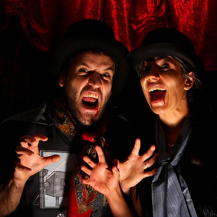 studio-photo-boutdessais-film-vampire-en-toute-intimité-bliiida